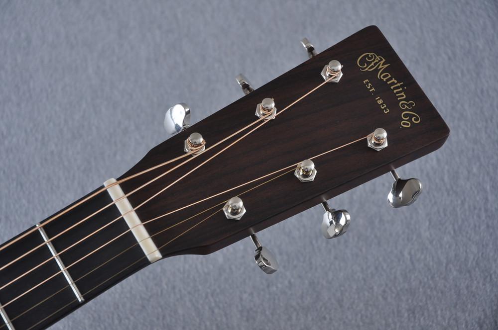 Martin OM-21 (2018) Natural Acoustic Guitar #2149340 - Headstock