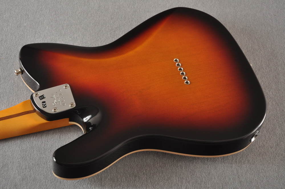 Fender Ultra Telecaster Guitar - Maple Fingerboard - Ultraburst - View 11