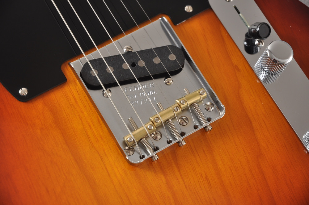 Fender Nocaster Custom Shop 51 NOS Tobacco Sunburst 7 lbs 3.5 ozs - View 3