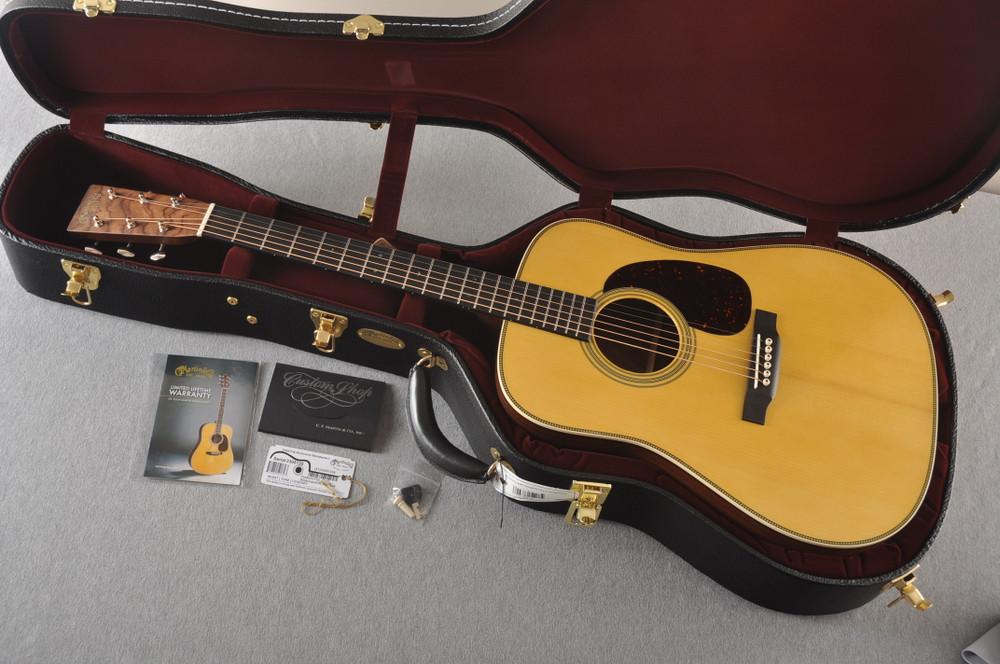 Martin Custom HD Style 28 Adi Wild East Indian Rosewood #2305135 - Case