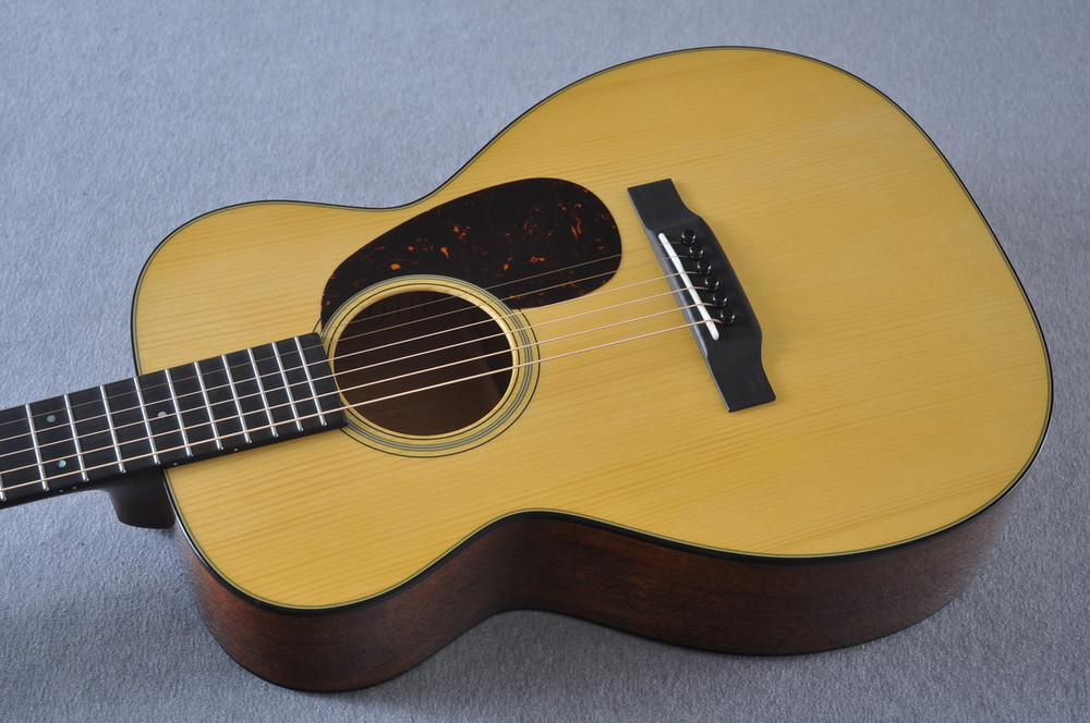 Martin Custom Shop 0-18 Adirondack Spruce Acoustic Guitar #2166924 - Reverse Beauty