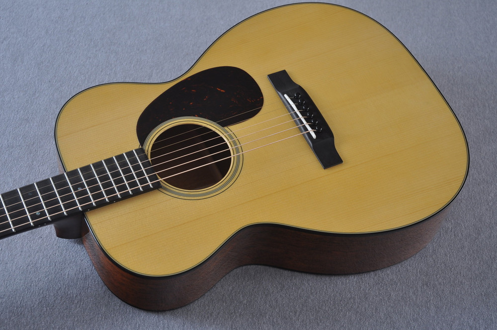 Martin Custom Shop 00-18 Adirondack Spruce Top Acoustic Guitar #2164200 - Reverse Beauty