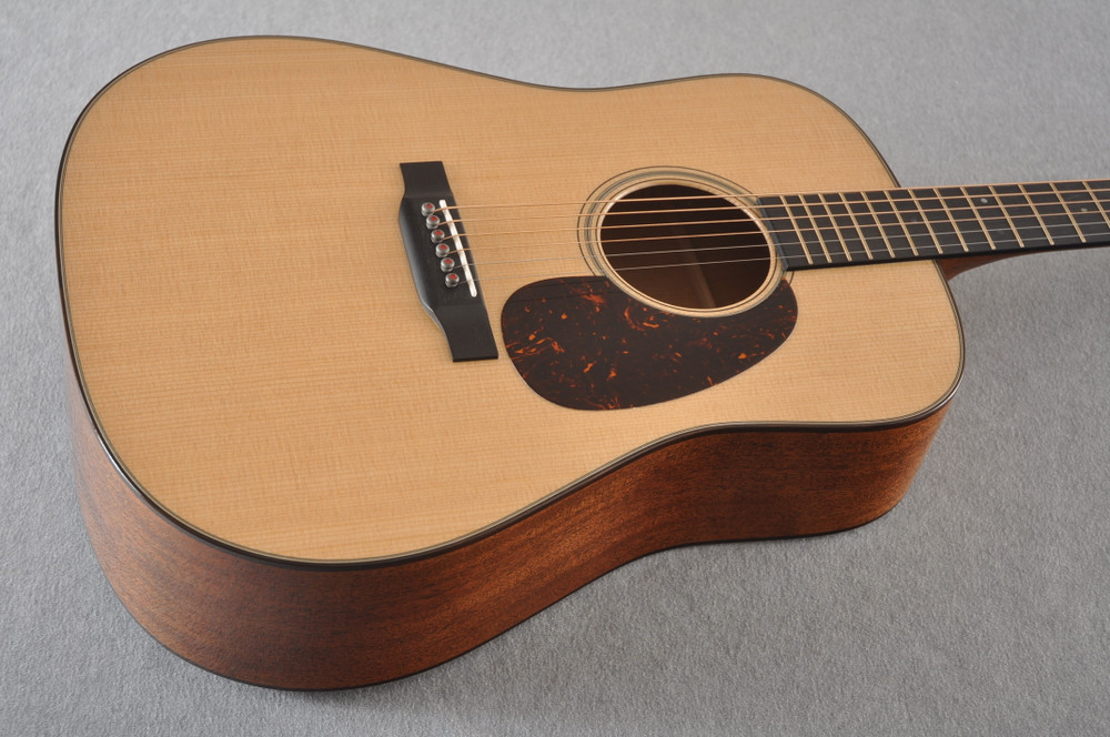 Martin D-18 Modern Deluxe Acoustic Guitar #2255383 - Beauty