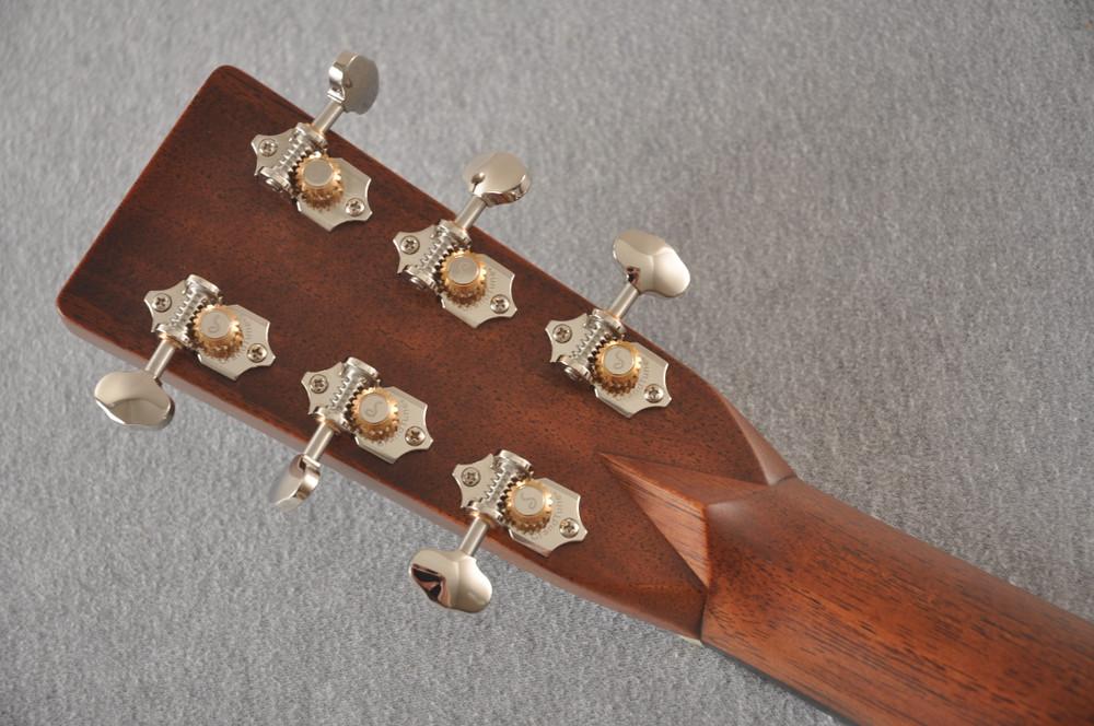 Martin HD-28 Dreadnought Acoustic Guitar #2276884 - Back Headstock