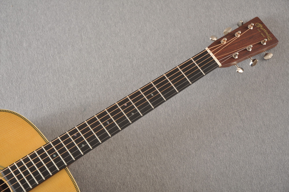 Martin HD-28 Dreadnought Acoustic Guitar #2276884 - Neck