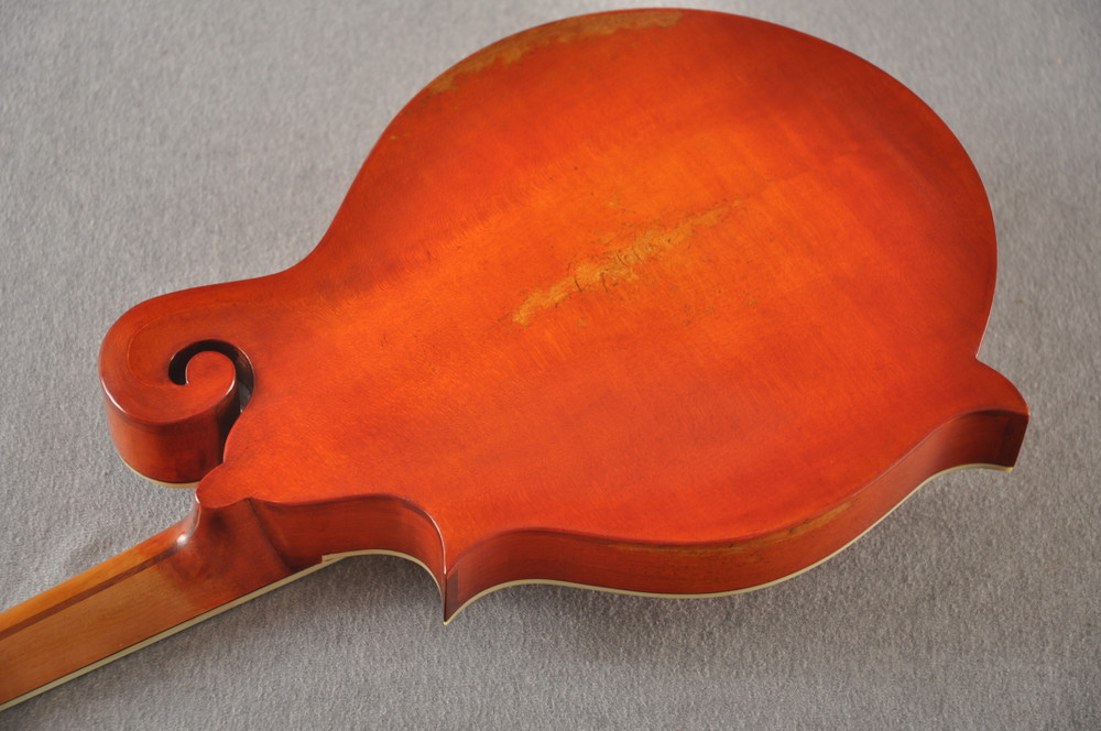 Eastman MD515/V-AMB Mandolin F Style Solid Spruce Top Ebony Board - View 8