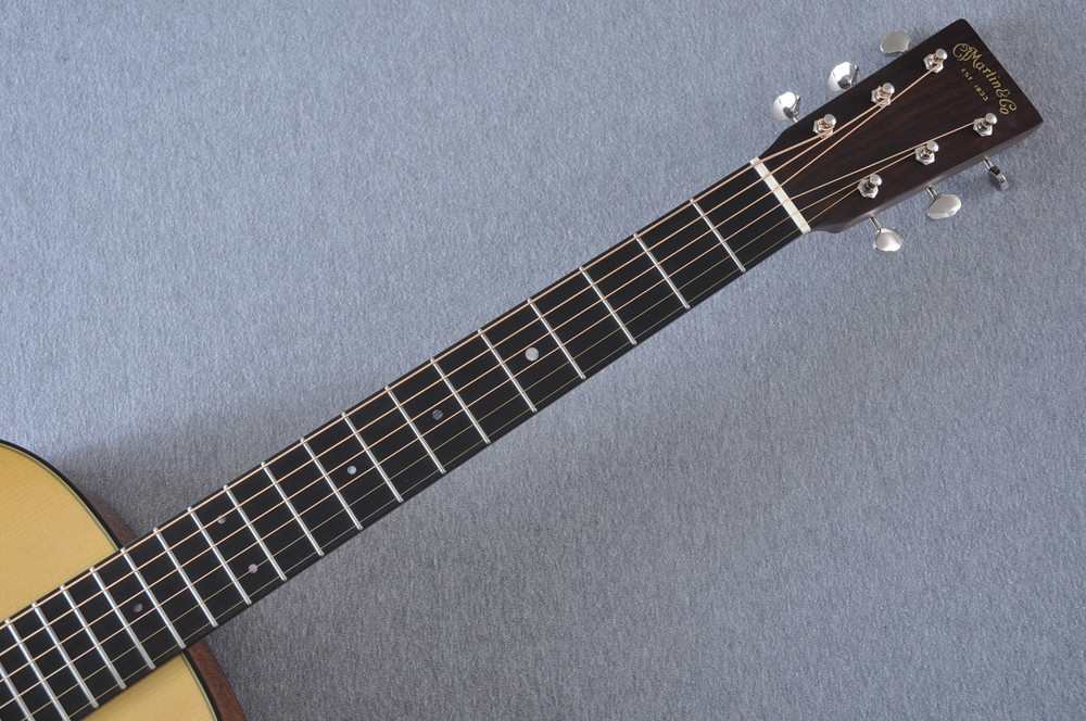 Martin Custom Shop 0-18 Adirondack Spruce Acoustic Guitar #2164197 - Neck