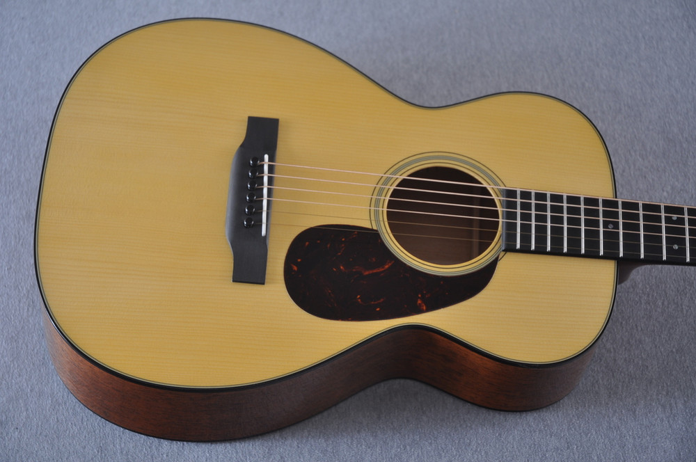 Martin Custom Shop 0-18 Adirondack Spruce Acoustic Guitar #2164198 - Top A