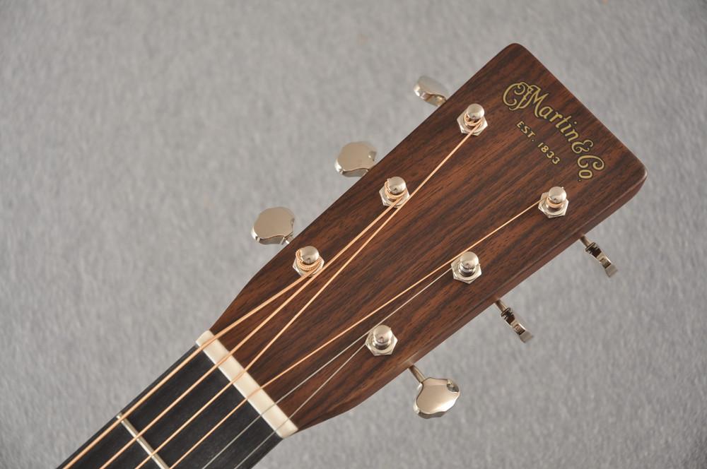 Martin D-28 Ambertone Standard Dreadnaught Guitar #2255666 - Headstock