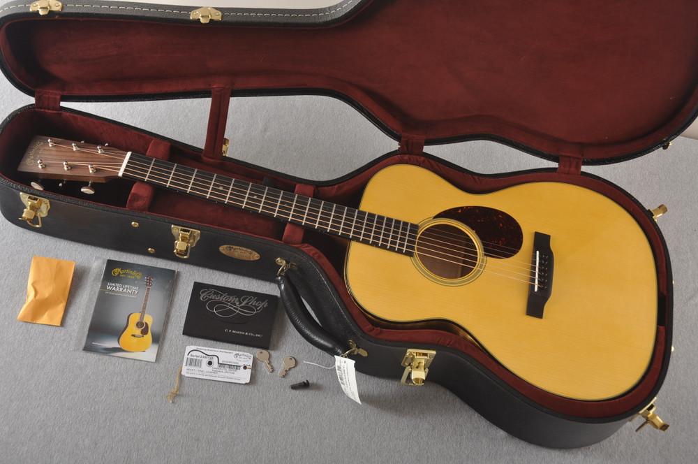 Martin Custom OM Style 18 Adirondack Tamo Ash #2305145 - Case