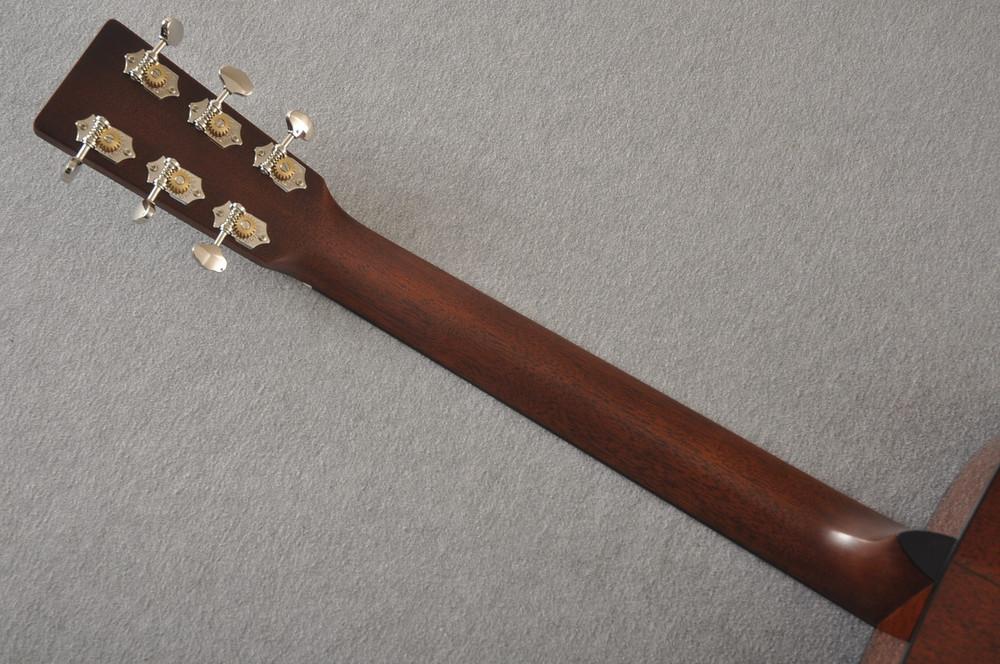 Martin Custom 00 Style 18 Adirondack Spruce Sunburst Acoustic #2260974 - Back Neck
