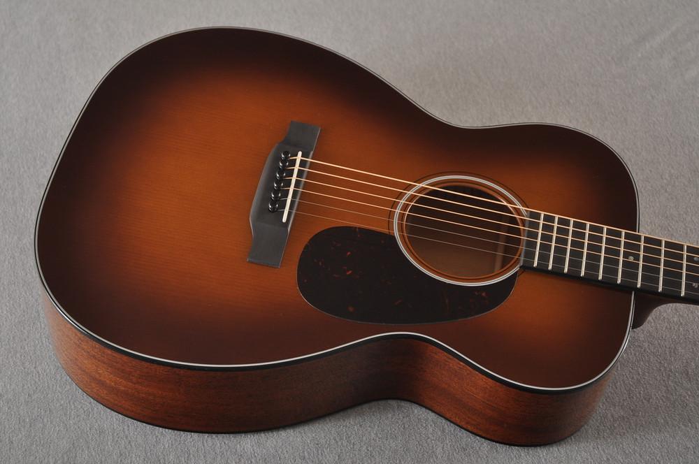 Martin Custom 00 Style 18 Adirondack Spruce Ambertone Acoustic #2260971 - Top Angle