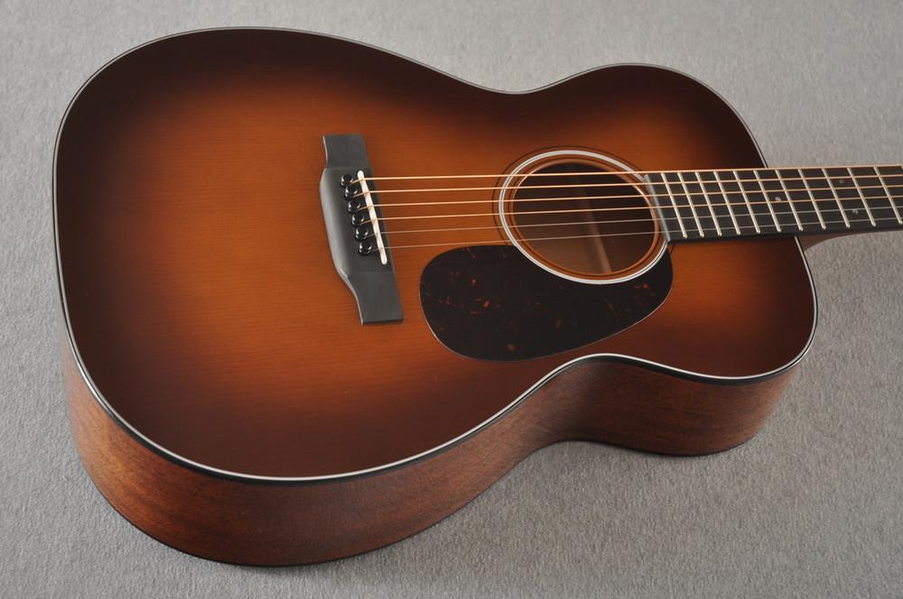 Martin Custom 00 Style 18 Adirondack Spruce Ambertone Acoustic #2260971 - Beauty