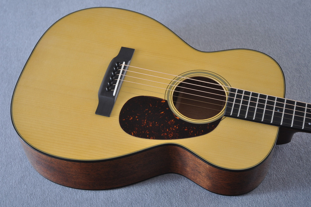 Martin Custom Shop 0-18 Adirondack Spruce Acoustic Guitar #2207085 - Top Angle