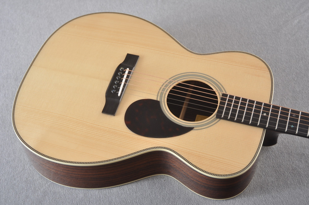 Eastman OM Acoustic Guitar Orchestra E20OM Adi Top Hand Scalloped - View 5