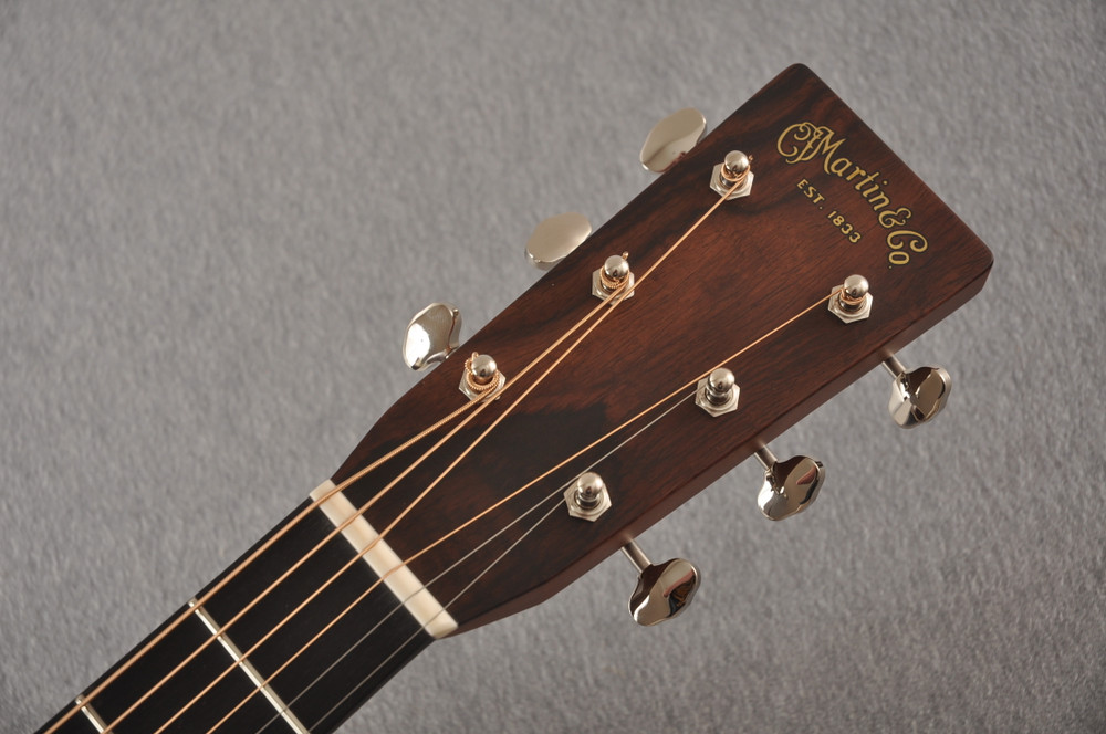 Martin Custom HD Style 28 Adi Wild Indian Rosewood Burst #2305131 - Headstock