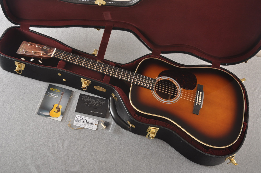 Martin Custom HD Style 28 Adi Wild Indian Rosewood Burst #2305131 - Case