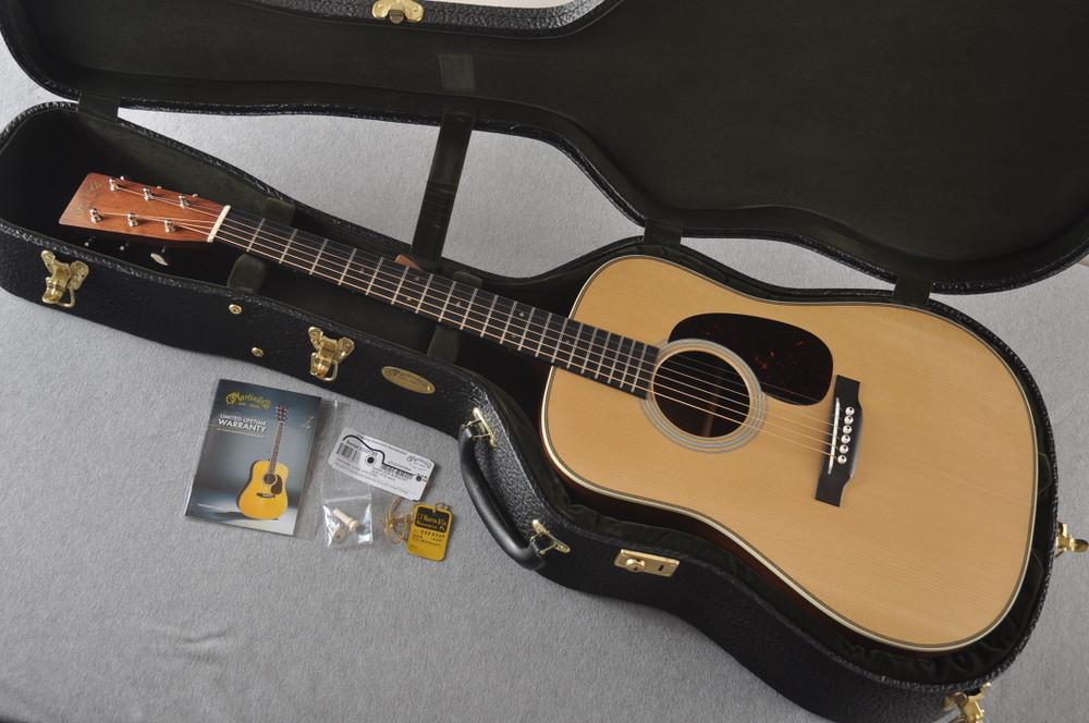 Martin D-28 Authentic 1937 VTS Dreadnought Guitar #2332789 - Case