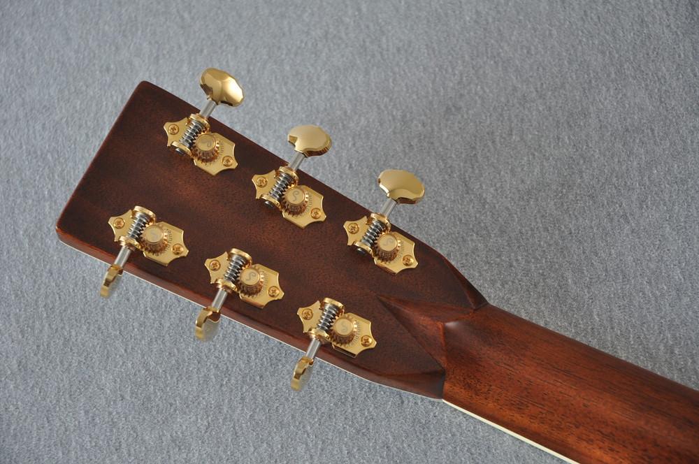 Martin J40 Acoustic Guitar - NEW Jumbo Full Sound - #2227279