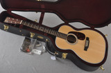 Martin Custom 00 Style 28 Sitka Guatemalan Rosewood #2054111 - Case