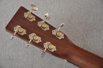Martin Custom 12 Fret 000 Style 18 Adirondack Sunburst #2276260 - Back Headstock