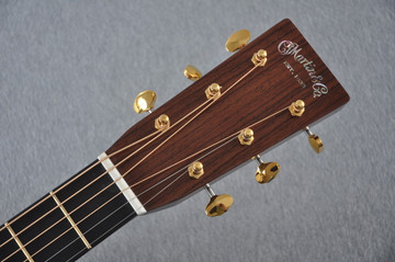 Martin D-28 Modern Deluxe Acoustic Guitar #2247801 - Headstock