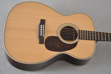 Martin 000-28 Modern Deluxe Acoustic Guitar #2276555 - Top