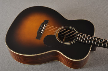 Eastman OM Acoustic Guitar Orchestra E20OM Adi Top Sunburst - View 8
