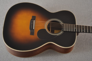 Eastman OM Acoustic Guitar Orchestra E20OM Adi Top Sunburst - View 10