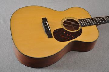 Martin 000-18 Standard Acoustic Guitar #2356514 - Beauty