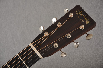 Martin OM-28 Orchestra Model Acoustic Guitar #2354437 - Headstock