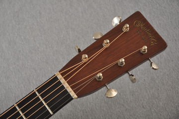 Martin D-28 Authentic 1937 VTS Aged Adi Madagascar #2349974 - Headstock