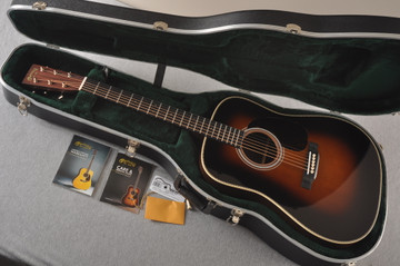 Martin HD-28 Sunburst Standard Dreadnought Acoustic #2360722 - Case
