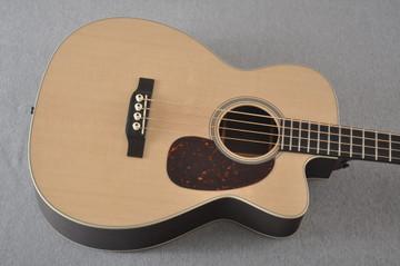 Martin BC-16E RW Acoustic Bass Guitar Sitka Indian #2373685 - Top