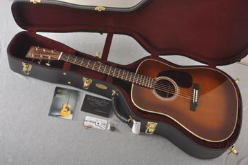 Martin Custom HD Dreadnought 28 Adirondack Ambertone #2372951 - Case