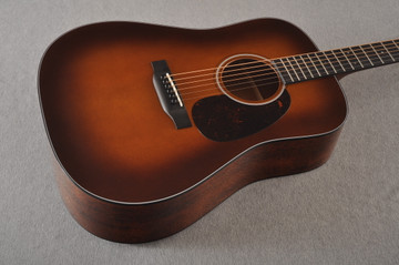 Martin Custom 18 Style Dreadnought Adirondack Ambertone #2372945 - Beauty