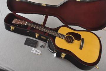 Martin Custom Dreadnought Style 18 GE Adirondack Waverly #2397728 - Case