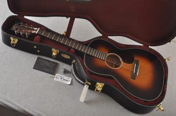 Martin Custom 000 Style 18 GE 12 Fret Adirondack Sunburst #2346032 - Case