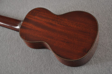 Eastman Soprano Ukulele EU3S Solid Mahogany Top Back and Sides - View 9
