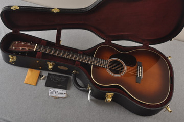 Martin Custom 000 Style 28 Adirondack Ambertone Guitar #2439245 - Case