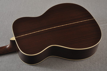 Martin Custom 000 Style 28 Adirondack Sunburst Guitar #2439240 - Back Angle