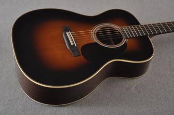 Martin Custom 000 Style 28 Adirondack Sunburst Guitar #2439240 - Beauty