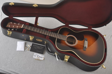 Martin Custom 000 Style 28 Adirondack Sunburst Guitar #2439240 - Case