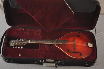 Eastman MD805/V Mandolin A Style Solid Adi Top Ebony Board - View 2