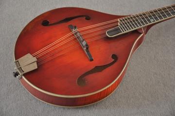 Eastman MD805/V Mandolin A Style Solid Adi Top Ebony Board