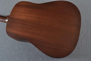 Martin D-15M Solid Mahogany Dreadnought Acoustic Guitar - #2081235 - View 4