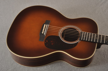 Martin Custom 000 Style 28 Adirondack Ambertone Guitar #2483237 - Top Angle