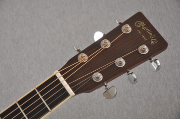 Martin HD-35 Dreadnought Standard Acoustic Guitar #2502668 - Headstock
