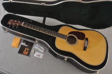Martin HD-35 Dreadnought Standard Acoustic Guitar #2502668 - Case