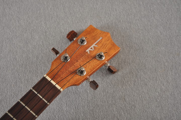 Kamaka Long Neck Tenor Ukulele HF-3L - Hawaiian Koa - 192643 - View 3